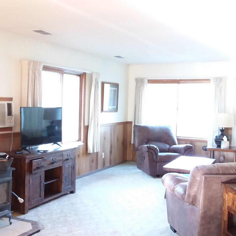 Yellow Cabin Living room